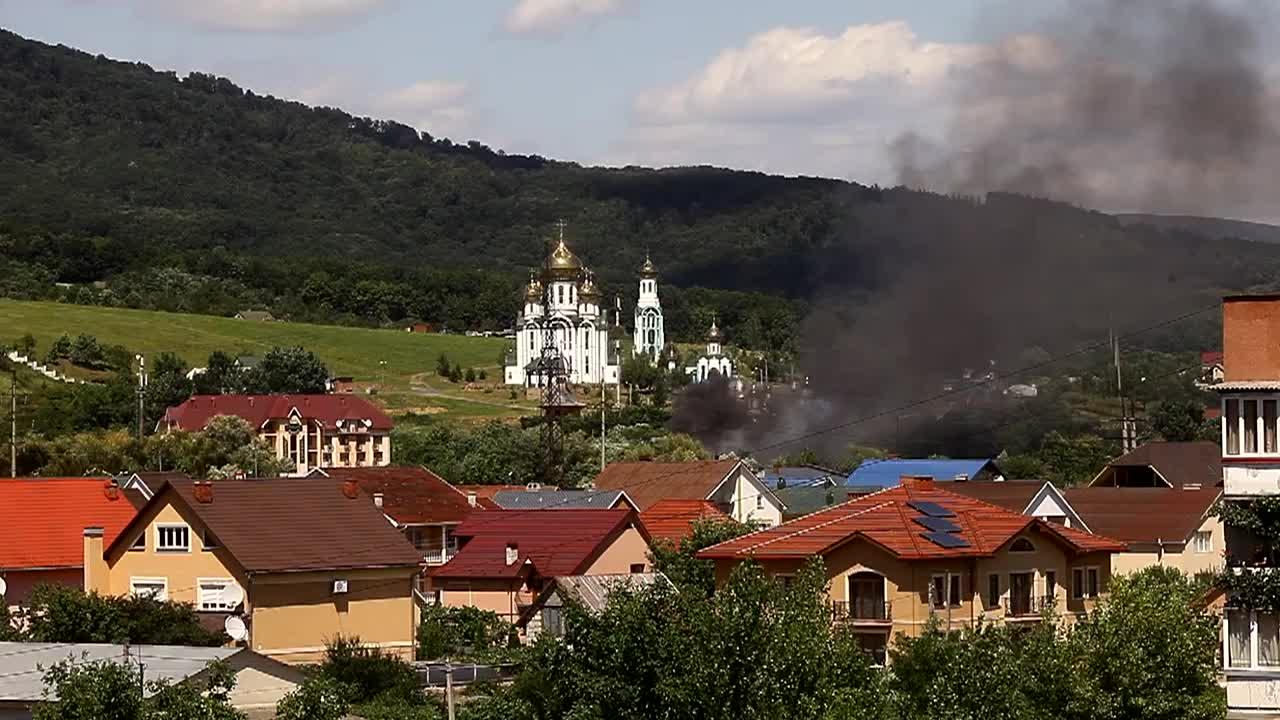 Генпрокуратура розпочала перевіряти інформацію про присутність снайперів під час стрілянини у Мукачеві
