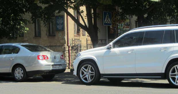 Водій з Києва спричинив ДТП у Берегові
