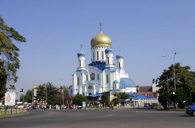 У центрі Ужгорода вогонь знищив рекламні афіші
