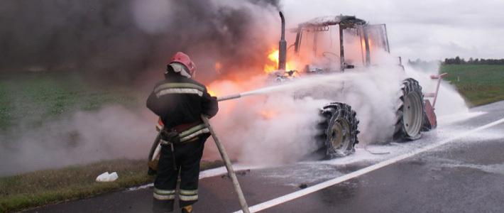 Тячівському підприємцю підпалили трактор