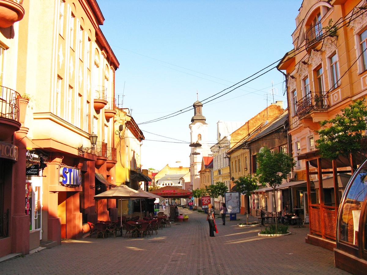 Міська влада Ужгорода планує оновити історичний центр міста