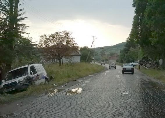 На Берегівщині машина збила 10-річного хлопчика