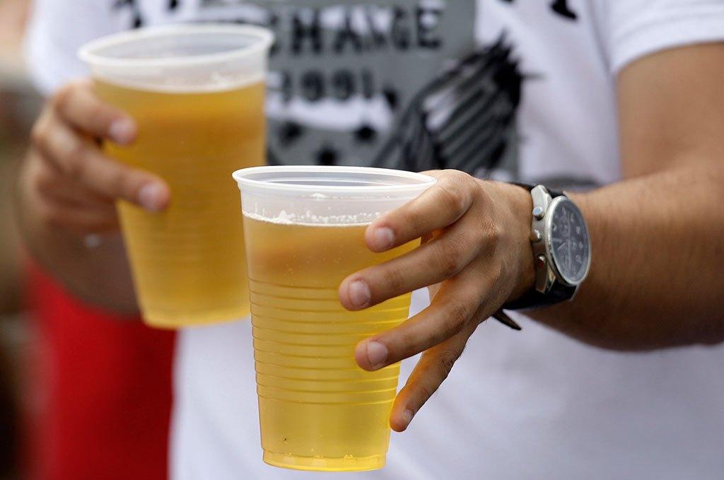 У Мукачеві звернули увагу на продаж неповнолітнім алкогольних напоїв