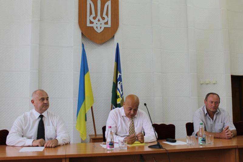 Геннадій Москаль представив нового керівника Ужгородської РДА Анатолія Синишина