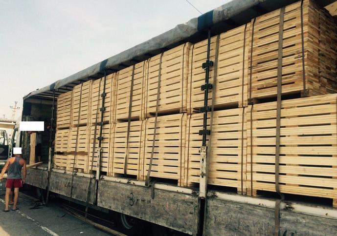 На Стрийській деревообробній фабриці виявили ще 120 ящиків контрабандних сигарет, - Геннадій Москаль