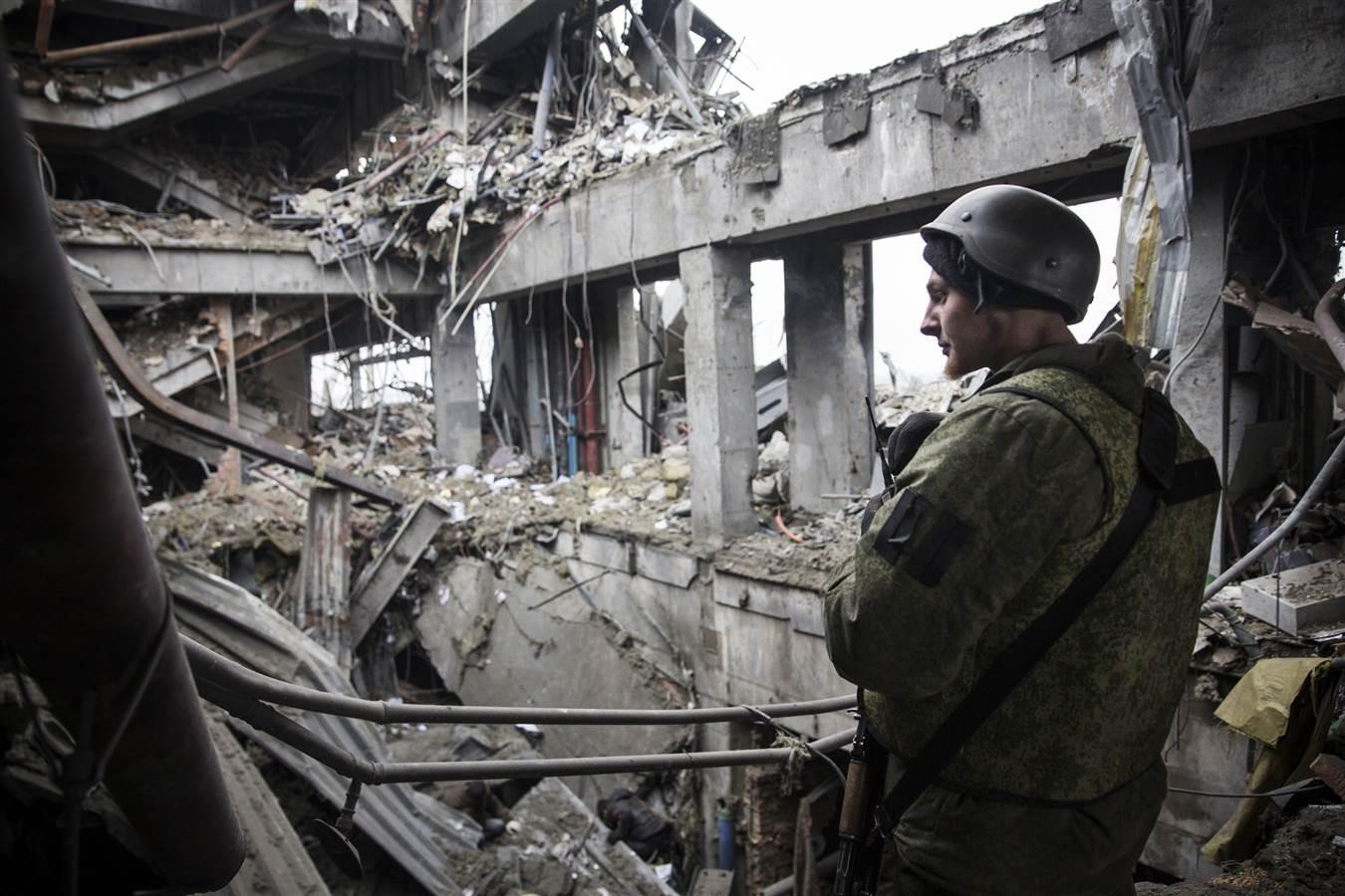 Речі, що пережили страшні бої поблизу Донецького аеропорту та в селищі Піски, привезуть в Ужгород