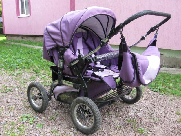 На Іршавщині жінка наїхала на дитячий візок