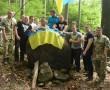 Закарпатські строгмени підняли велетенський камінь опришка Григорія Пинті