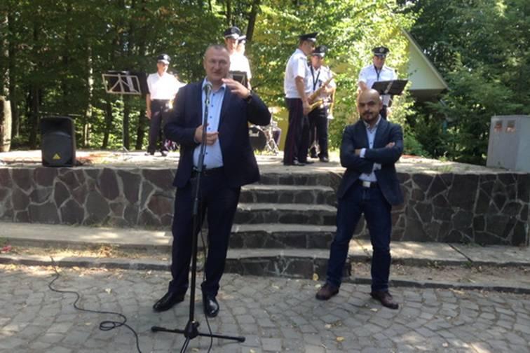 Керівник закарпатської міліції Сергій Князєв та народний депутат Мустафа Найєм побували у Чинадієві