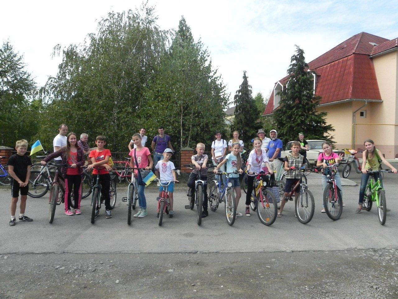 На Ужгородщині до Дня Незалежності відбувся святковий велопробіг