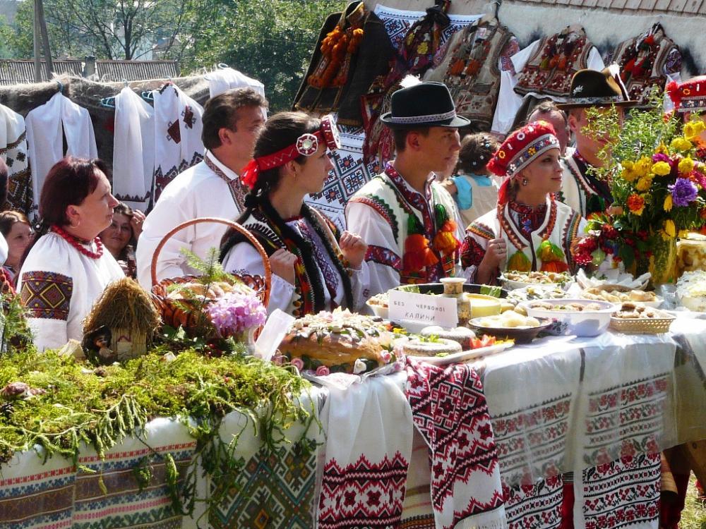 """Закарпатців запрошують на свято повернення вівчарів з полонин додому """"Гуцульська бриндзя"""""""