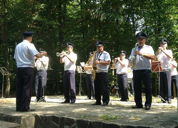 Завтра для ужгородців гратиме міліцейський оркестр