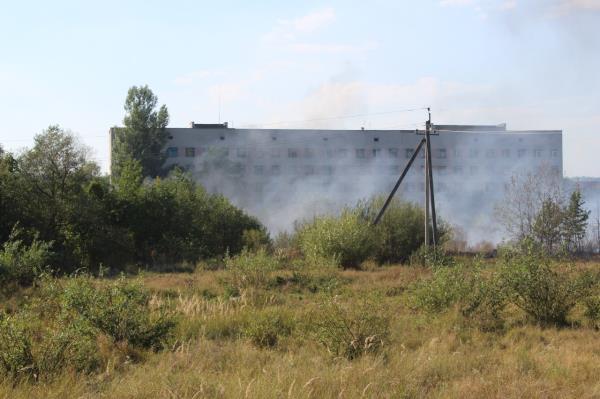 Пожежники гасили загорання біля Іршавської районної лікарні
