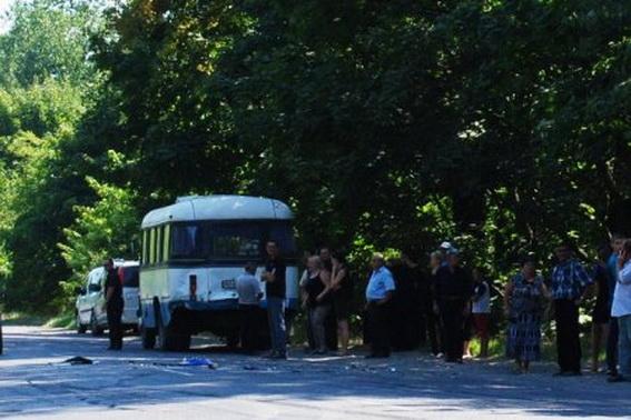Учора на Хустщині в ДТП потрапив автобус похоронної процесії