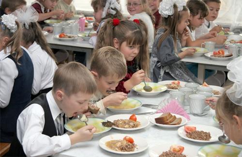 Скільки закарпатцям доведеться викласти за харчування своєї дитини?
