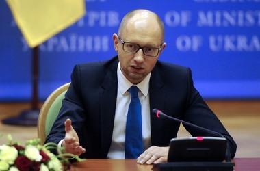 Арсеній Яценюк розповів про відставу міністра освіти, закарпатця Сергія Квіта