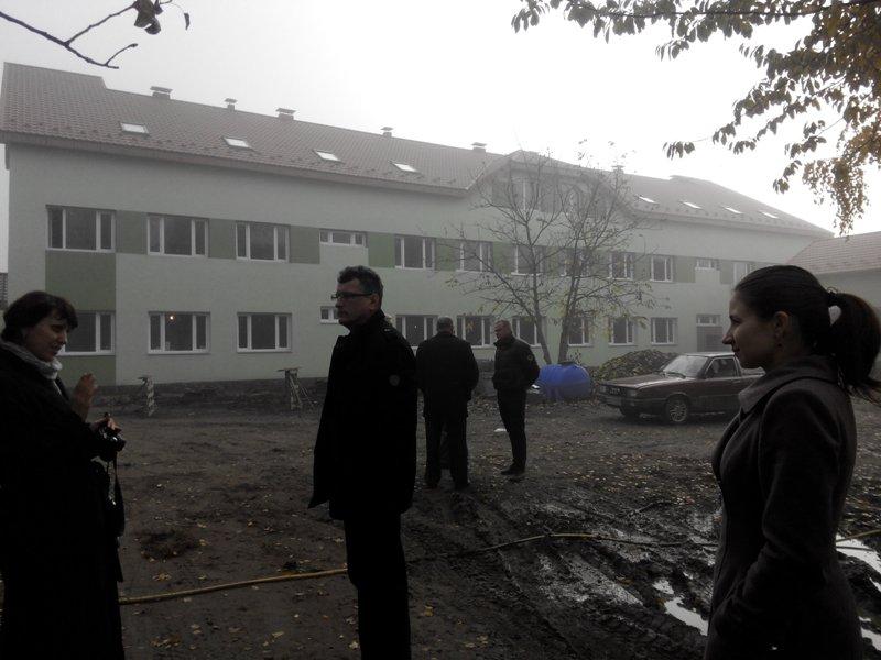 """Закарпатські чиновники """"загубили"""" гроші, які Європа виділила на ремонт хоспісу"""