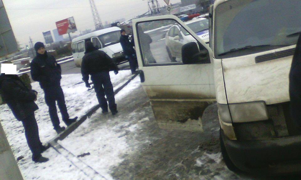 Поліція розповіла деталі затримання у Мукачеві водія-наркомана