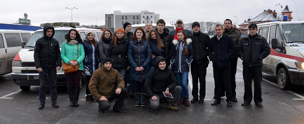 Закарпатські студенти поїхали на Львівщину, щоб привітати бійців 128-ї бригади зі святами