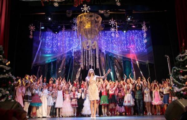 """У Мукачеві відбудеться традиційний Всеукраїнський музичний фестиваль """"Різдвяна зіронька"""""""