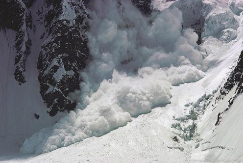 Рятувальники попереджають про підвищення лавинонебезпеки у Карпатах