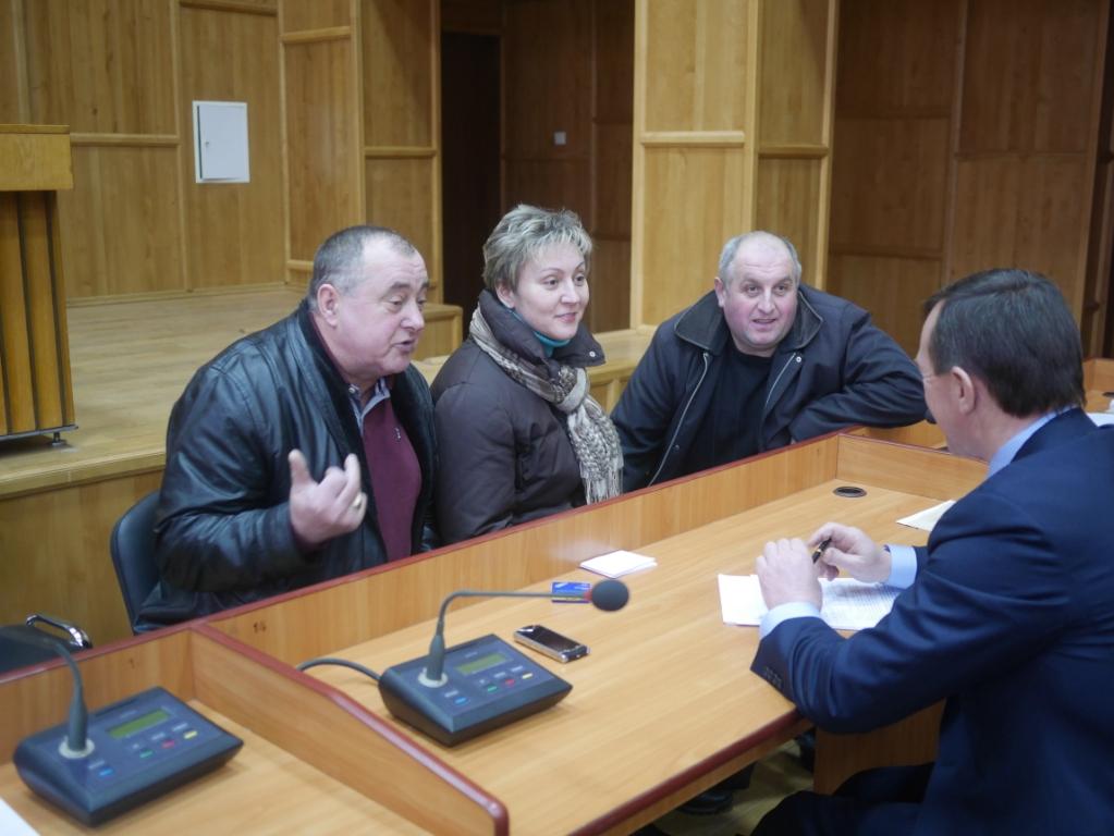 Четверо підприємців готові продовжити торгівлю у дерев'яних будиночках у центрі Ужгорода