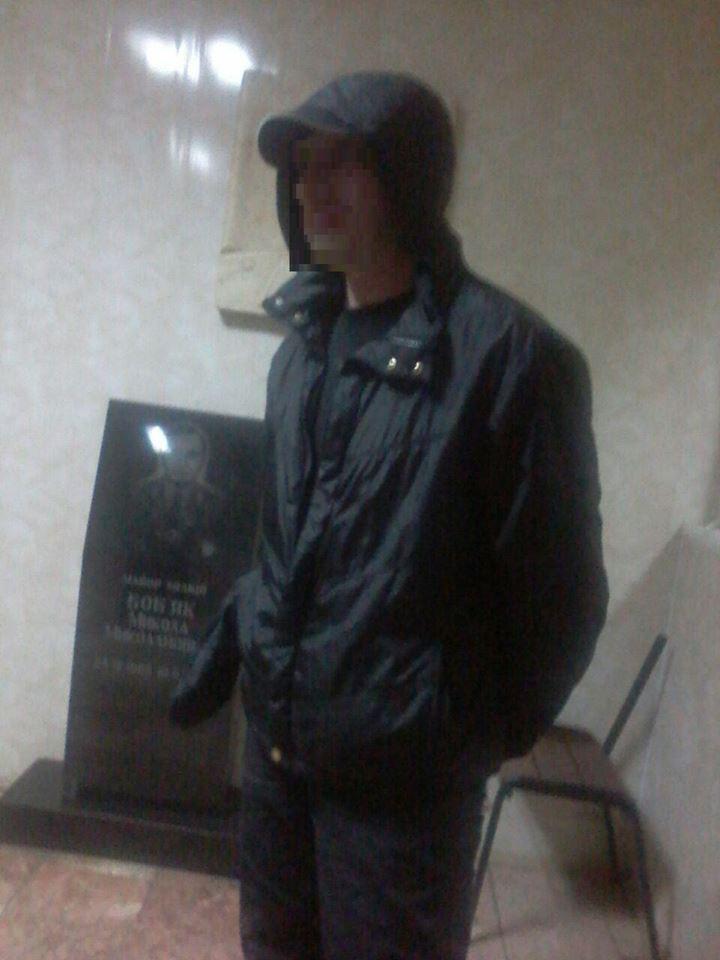 В Ужгороді патрульні вгамовували неадекватного відвідувача одного із закладів міста