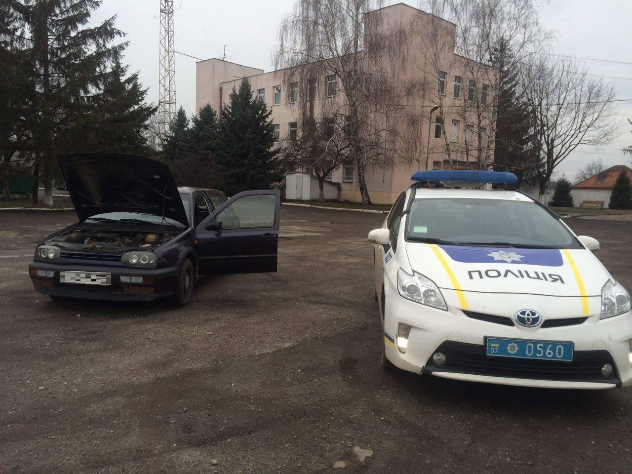 Пильні патрульні Ужгорода виявили автомобіль, номер кузова якого не відповідав документам