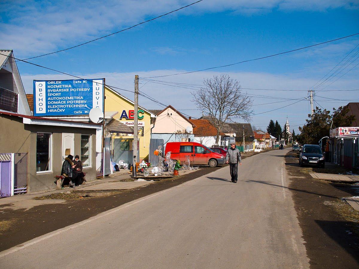 На Ужгородщині група швидкого реагування знайшла зниклого дідуся