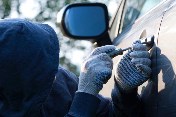 Іршавські правоохоронці оперативно повернули місцевому мешканцю авто