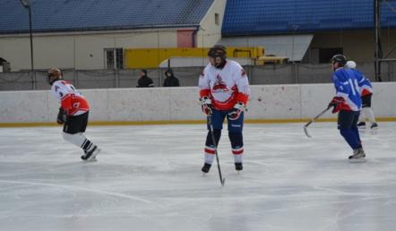 В Ужгороді визначились півфіналісти чемпіонату Закарпаття з хокею