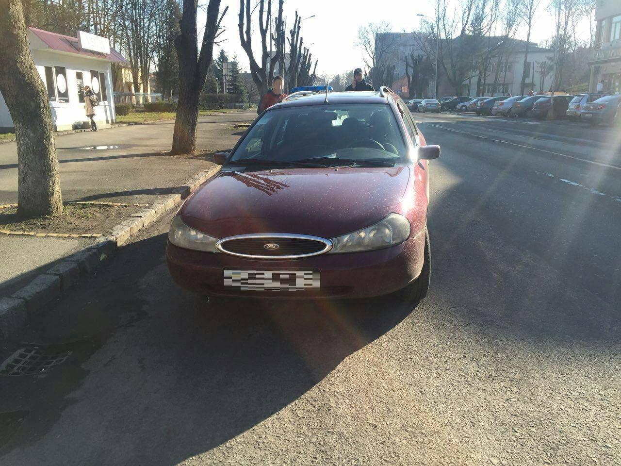Ужгородський автомобіліст намагався обманути патрульних поліцейських