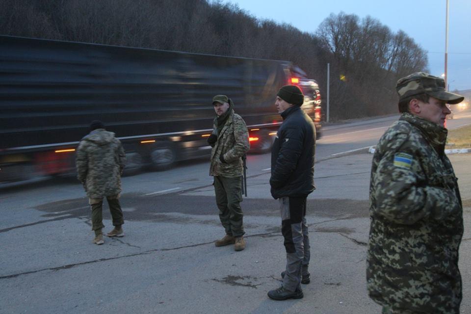 Блокада російських фур на Закарпатті триватиме попри рішення Кабміну