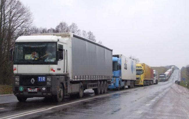 """Лідери """"Ведмежої блокади"""" погодились пропустити російські вантажівки через територію України"""
