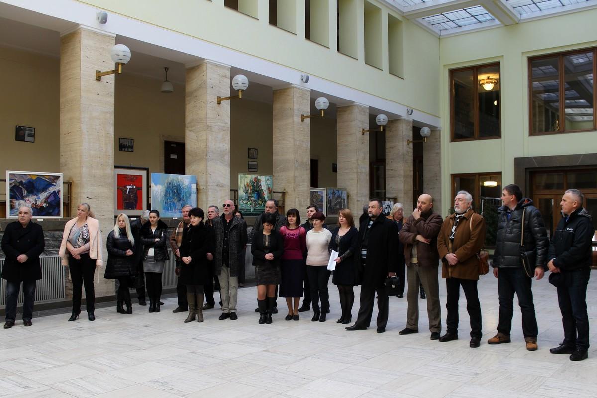У приміщенні Закарпатської ОДА художники краю представили найкращі роботи