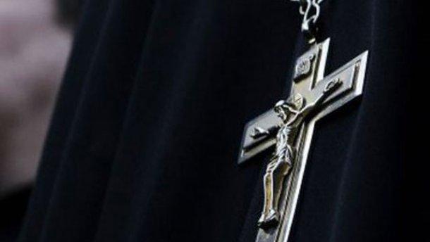 На Свалявщині поліцейські затримали нетверезого водія-священика