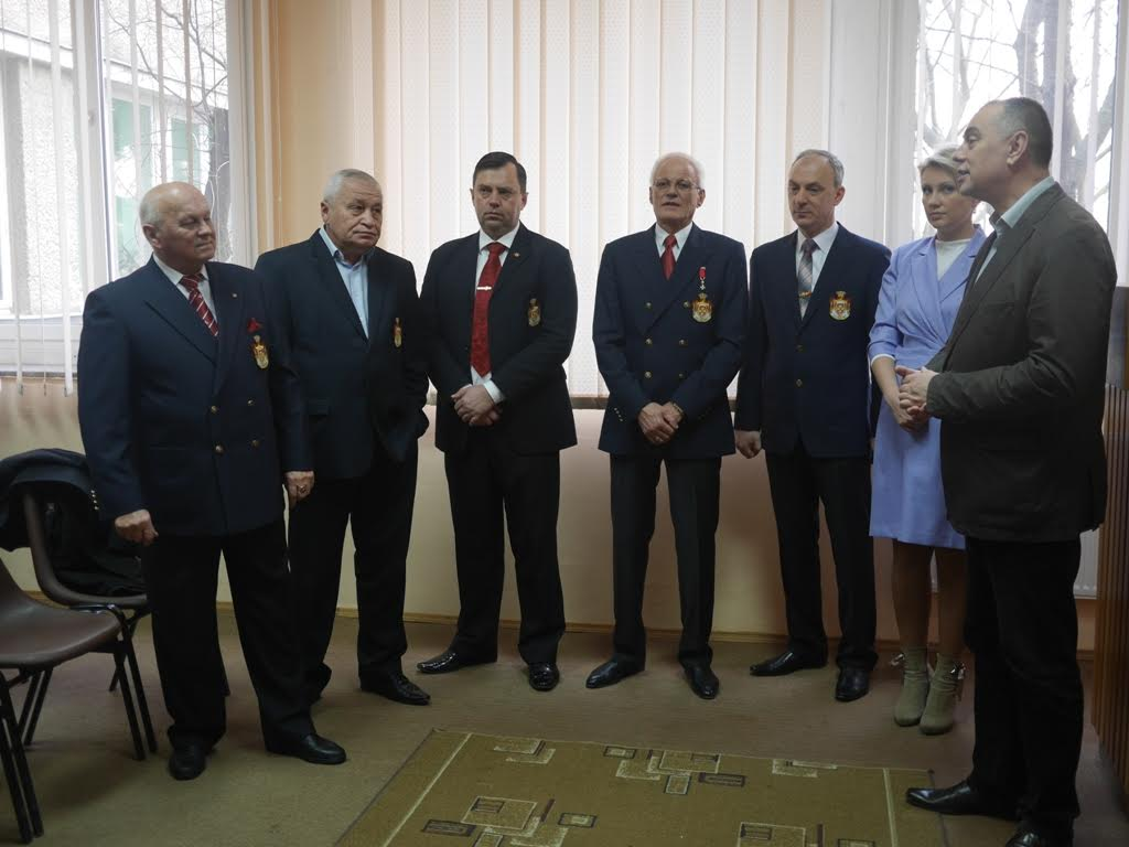 Благодійники вручили дитячій лікарні Ужгорода медичне обладнання