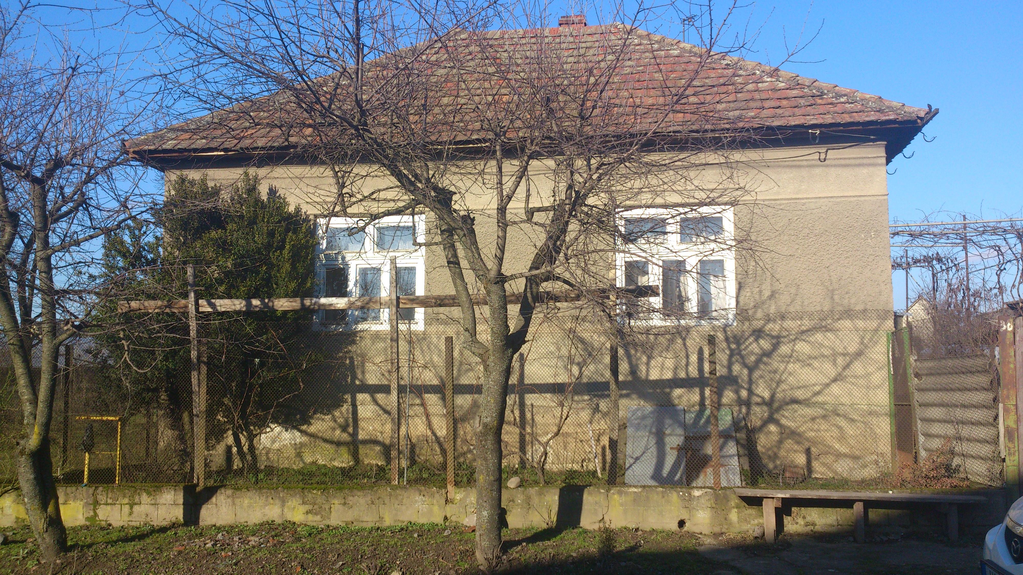Продається будинок в с. Дерцен