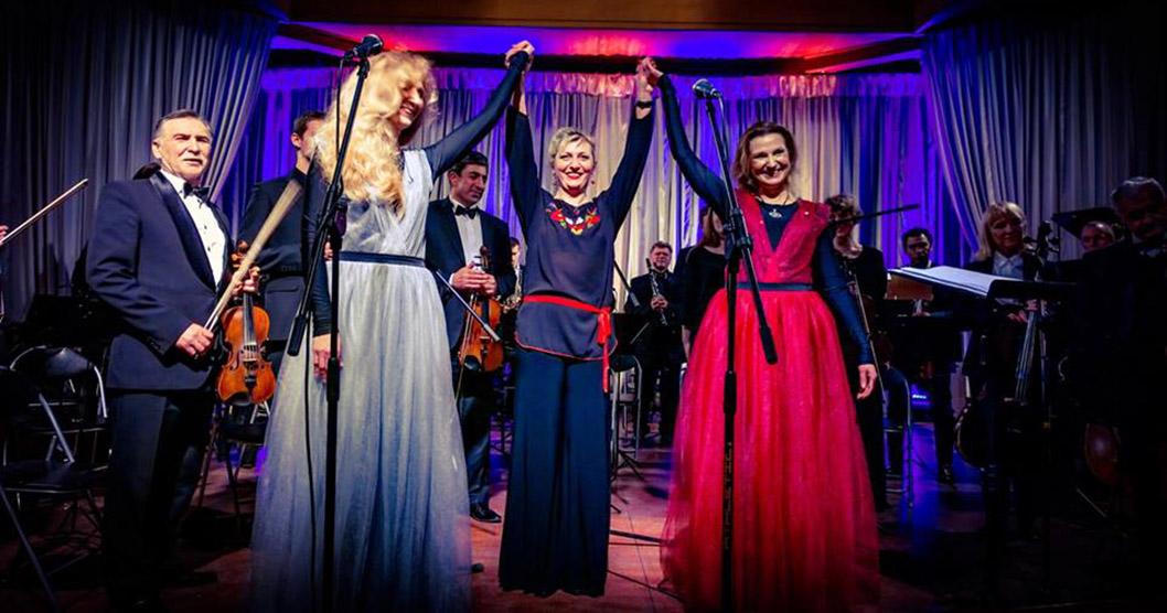 В Ужгородській філармонії відбувся концерт сестер Тельнюк