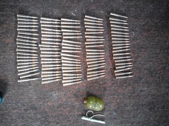 Мукачівські поліцейські виявили у 32-річного чоловіка бойові патрони та гранату
