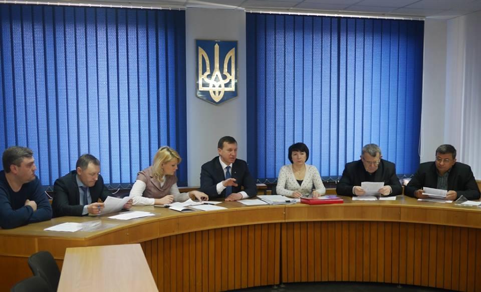 Ужгородський міськвиконком заборонив стоянку нелегальних перевізників неподалік автовокзалу