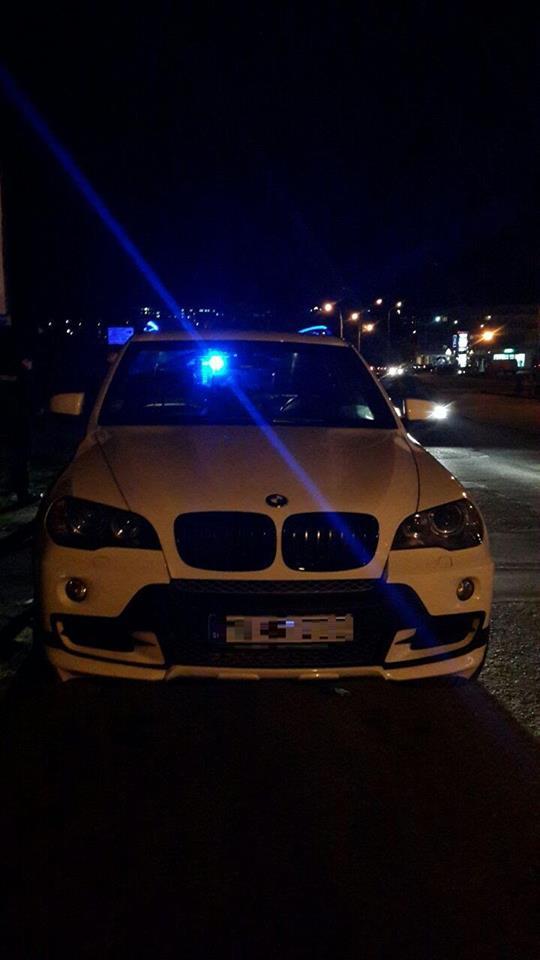 """Ужгородські патрульні знайшли розшукуваний автомобіль """"BMW X5"""""""