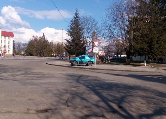 """Іршавські правоохоронці притягнули до відповідальності """"героя парковки"""""""