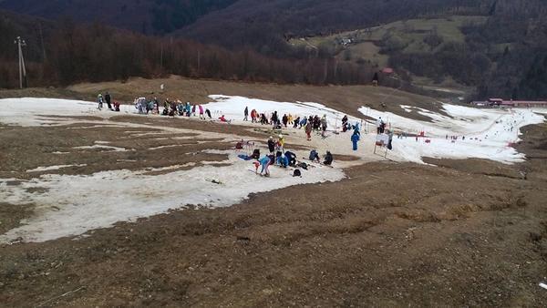 """""""Чемпіонатом задоволені"""", – чиновники про скандальні змагання з гірськолижного спорту"""