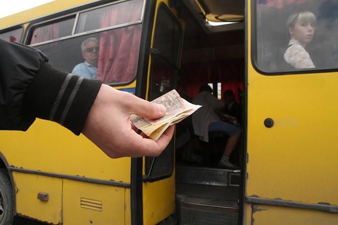 Пасажири не відчули покращення якості послуг після подорожчання проїзду в ужгородських маршрутках