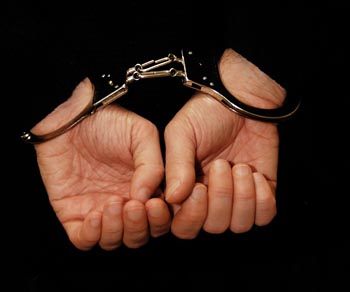 На Мукачівщині пара осіб викрадала кабелі