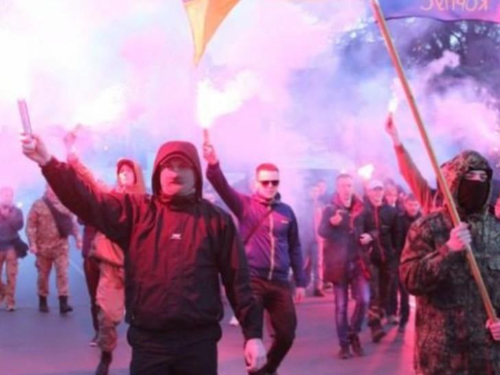 Прокуратура порушила кримінальне провадження щодо націоналістів за антиугорські гасла