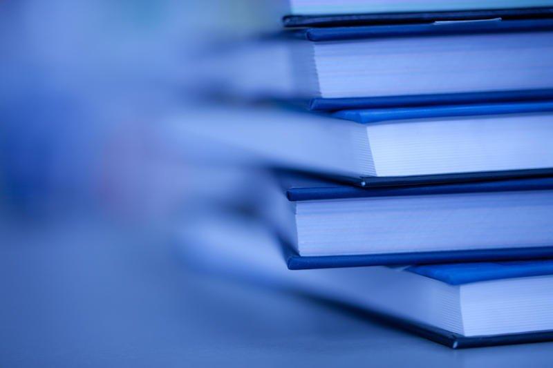 Молодих авторів із Закарпаття запрошують взяти участь у літературному конкурсі