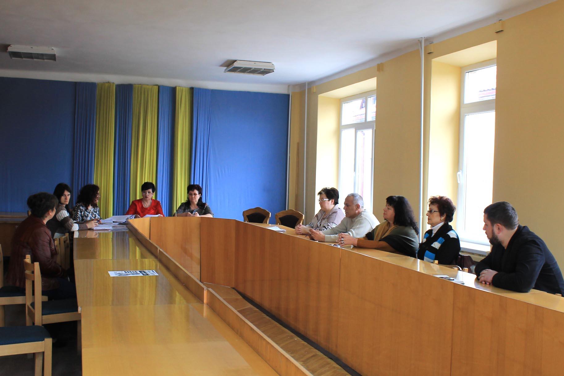У Виноградівській РДА чергове засідання комісії з питань захисту прав дитини