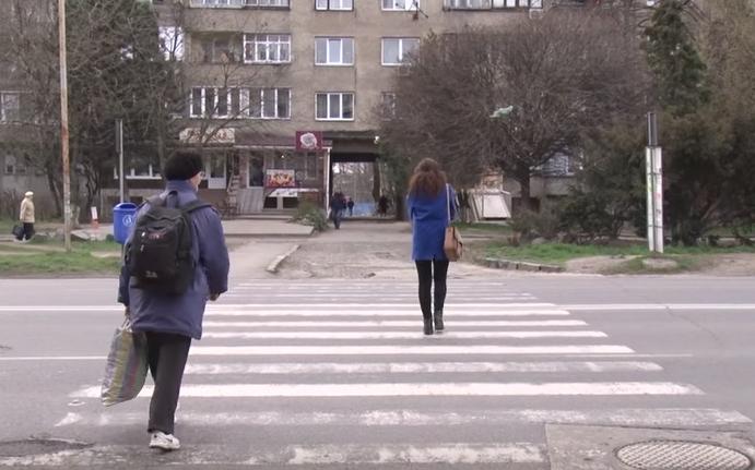 На двох найпроблемніших переходах Ужгорода встановили підсвітку